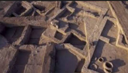 Tel Rehovul, din Valea Iordan. În 16 ani de săpături, arheologii au descoperit un oraș vechi de 3 000 de ani. Aceștia au mai descoperit o clădire unică care e posibil să fi fost casa lui Elisei. FOTO captura Agnus Dei